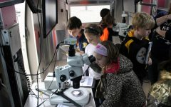 BioBus brings mobile science lab to Siwanoy, allowing students to explore microscopic worlds